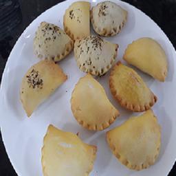 10 mini pastéis assados
