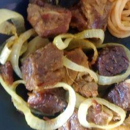 Carne Em Cubos Cozida