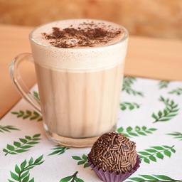 Chocolate quente + Brigadeiro