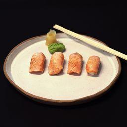 Nigiri salmão maçaricado