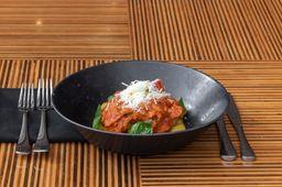 Nhoque com Ragu de Linguiça