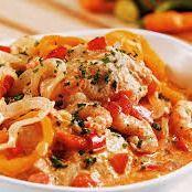 St. Piter ao molho tomate e espinafre