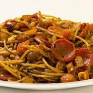 Espaguete na Chapa de Calabresa