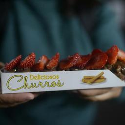 Churro de Chocolate com Morango