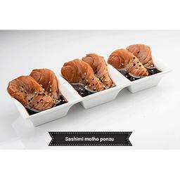 Sashimi de salmão ao molho ponzu