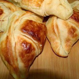 Croissant de Peito de Peru com Requeijão