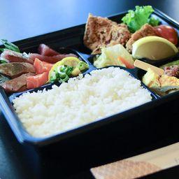Obento sashimi(刺身弁当)
