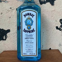 Garrafa de Gin Bombay