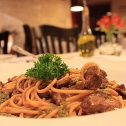Spaghetti Di Manzo Al Pesto