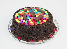 Bolo De Chocolate Com Confete E Bis