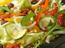 Salada de Frango Desfiado