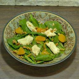Salada de Queijo Brie e Damasco