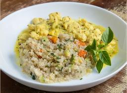 Frango Dijon com risoto de quinoa