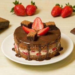 Mini Torta Trufa Choc Branco C/ Brownie e Morangos Frescos -600g