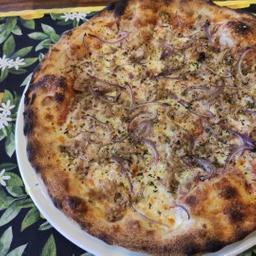 Pizza Tonno e Cipolla - Média