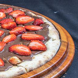 Pizza de Chocolate com Morango - Grande