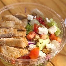 Salada de Frango + Suco Natural