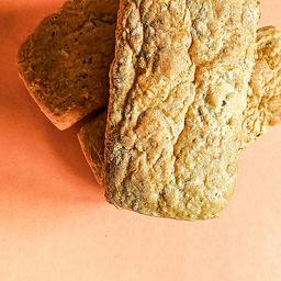Pão caseiro de grãos