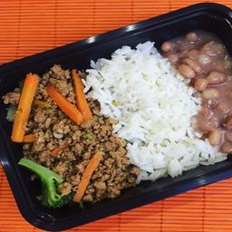 Carne Moída com Legumes Simples