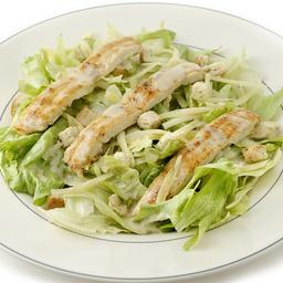 Salada Caesar com Tiras de Frango