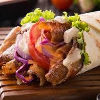 Kebab de Kibe com Requeijão Cremoso