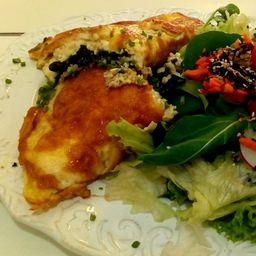 Omelete de Espinafre com Salada