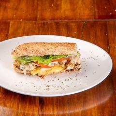 Sanduíche de Frango com Catupiry 15cm