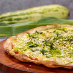 Pizza de Abobrinha e Alho - Família