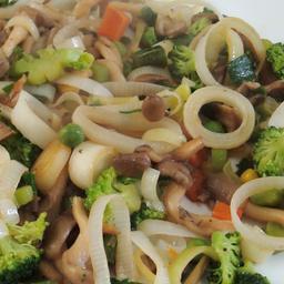 Salada Quente Vegetariana com Shimeji