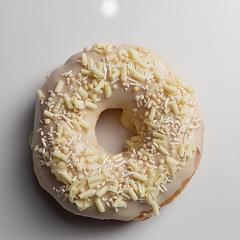 Donuts recheado com brigadeiro branco