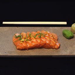 Sashimi tataki salmão