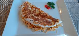 Tapioca crocante com frango desfiado