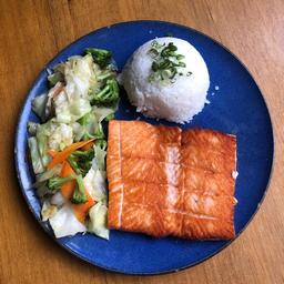 tepan de salmão + 2 long neck
