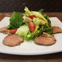 Salada de roast beef
