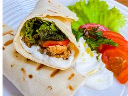 Sanduíche de Shawarma de Frango (Kebab)