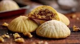 Biscoito de Semolina Recheado de Nozes