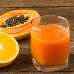 Suco mamão com laranja