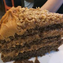 Toffee Nut Cake - Fatia