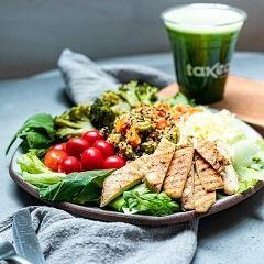 Salada Especial + Suco + Salada de Fruta