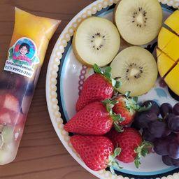 Sacolé de Frutas com Água de Coco