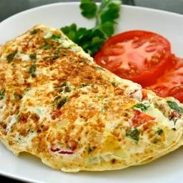 Omelete de Frango Defumado com Queijo