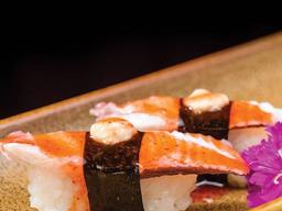 Dupla Sushi Polvo ao Molho Thai