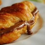 Croissant de Chocolate e Avelã
