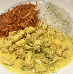Frango ao Curry  com Pinhão
