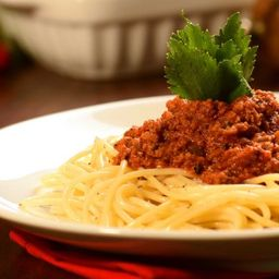 3- Espaguete à Bolonhesa