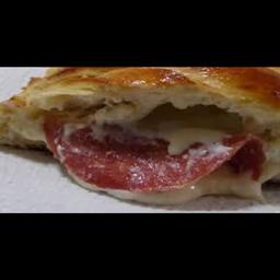 Pão com Salame com Provolone