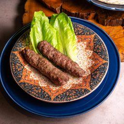 Kafta no Espeto com Batata à Moda Libanesa