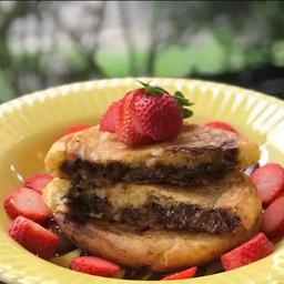 Panqueca Americana de Nutella com Morango