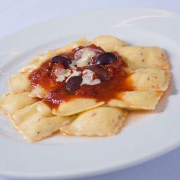 Raviolini Di Burrata Al Pomodoro