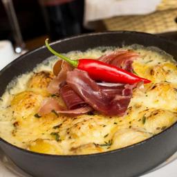 Gnocchi de à La Sauce Alfredo Et Parma à Daniel Alves